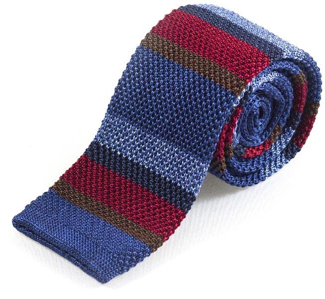 cravatta di seta lavorata a maglia