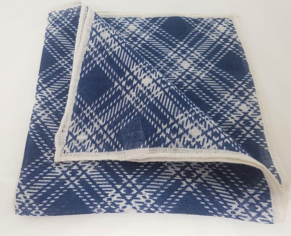 Pochette lino scozzese bianco blu